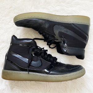 NIKE Black Trainer Clean Sweep PRM Sneakers